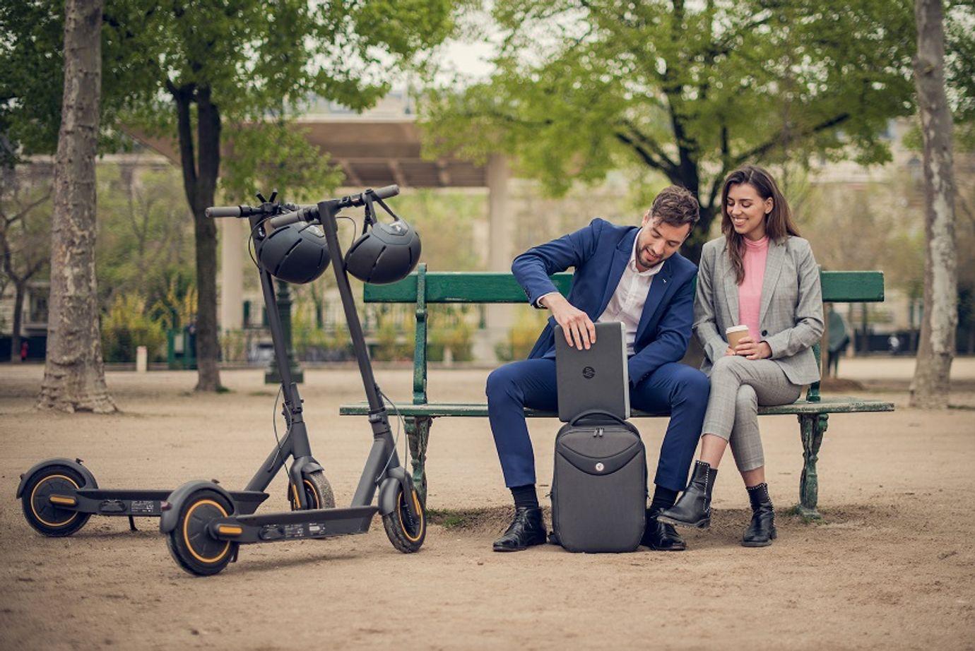 G30_Lifestyle_Couple_Paris_5-(1).jpg