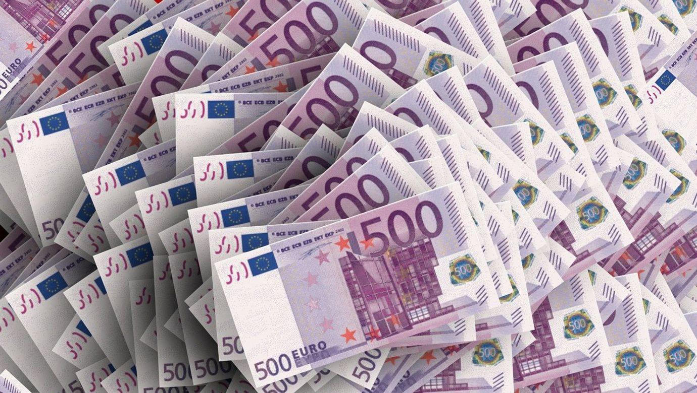ilustr - euro