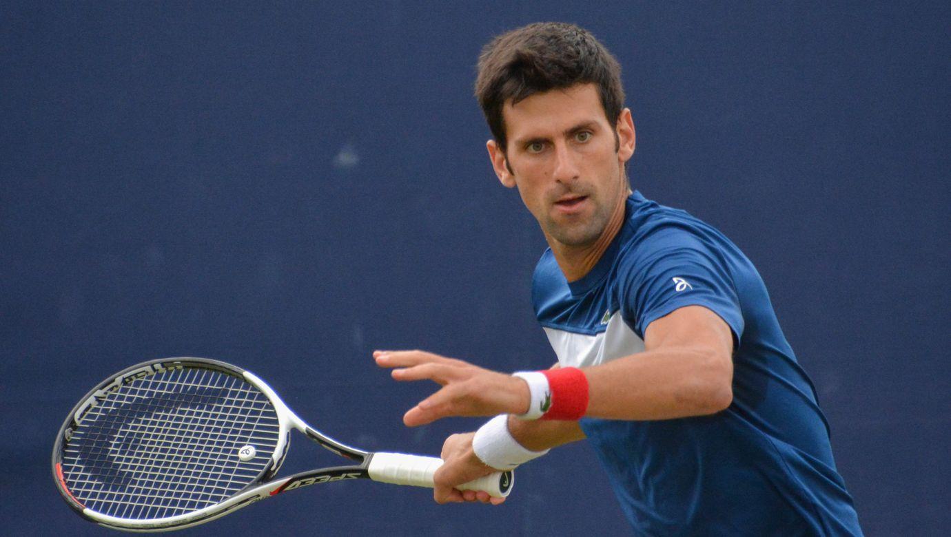 Novak_Djokovic_Queen's_Club_2018