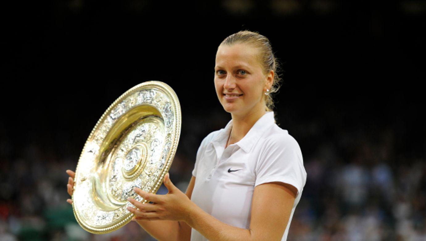 Petra Kvitová, tenistka, sportovkyně, pohár, trofej, Wimbledon Championships - Eugenie Bouchard Defeated By Petra Kvitova - London