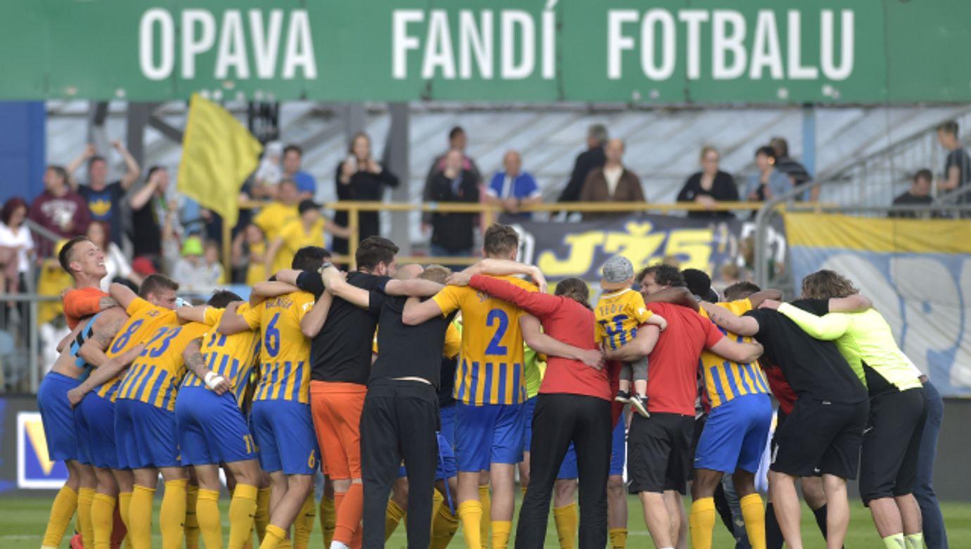 SFC Opava, fotbalisté, sportovci, hráči, radost---SFC Opava, fotbaliste, sportovci, hraci, radost