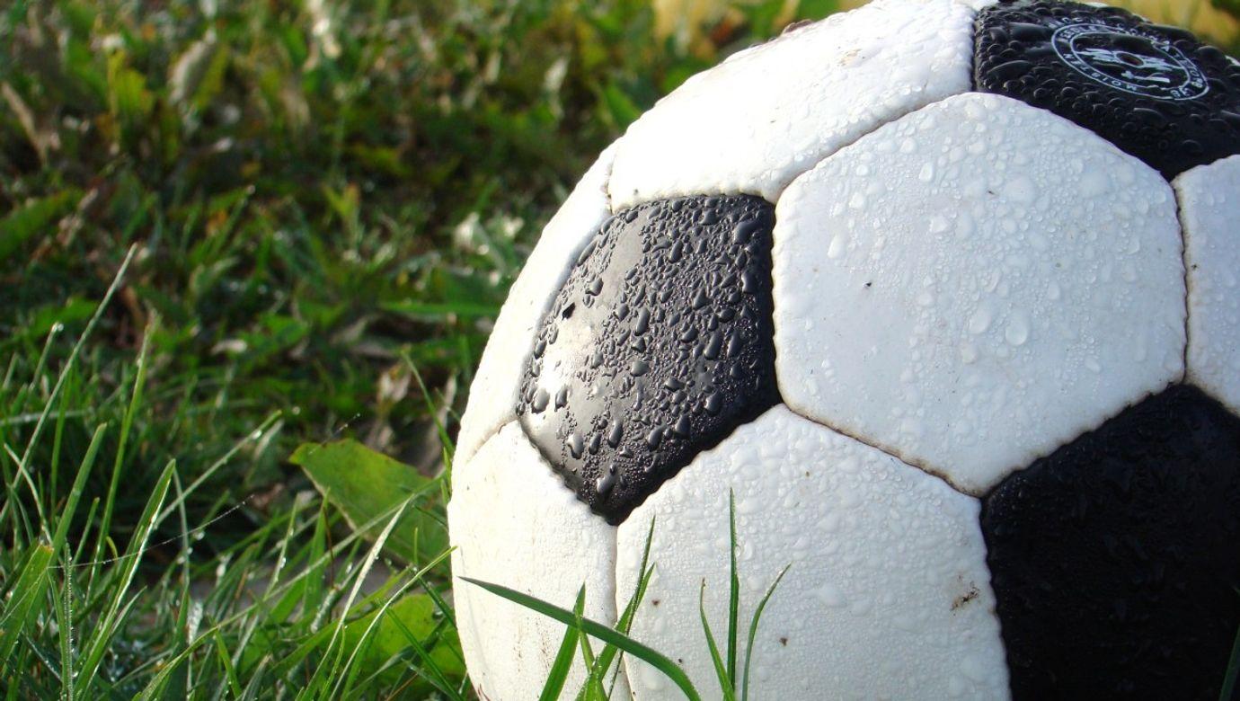 soccer_football_sport_ball_game-927727.jpg!d