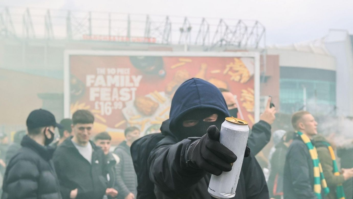 Manchester United fans protests outside Old Trafford