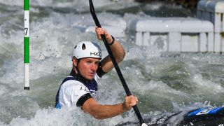 Čeští slalomáři postupují do semifinále vkompletním složení