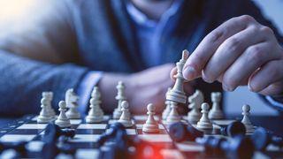 Vyzvěte k simultánce Davida Navaru na šachové lodi