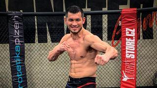 Mach Muradov: I když budete v UFC nejsilnější, rodiče budou mít strach