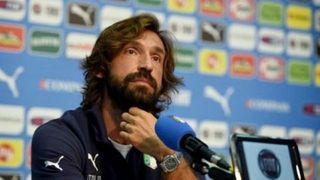 Fotbalisty Juventusu místo odvolaného Sarriho povede Pirlo