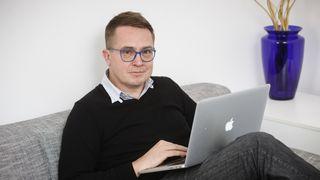 Roman Šmucler: Sledujte sport a filmy a ne strašení