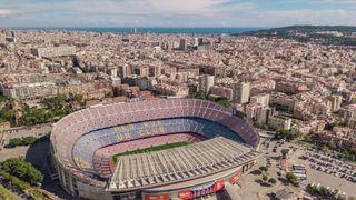 Permanentky sem nekoupíte, ale zdědíte. Camp Nou otevřel před 63 lety