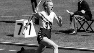 Vyhrála čtyři olympijská zlata, největší bitvu ale svedla s roztroušenou sklerózou