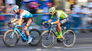Je tu cyklistická Vuelta. Pojede se proti počasí i covidu