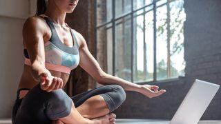 Jóga jako terapie těla i duše. Dnes extrémně důležitá