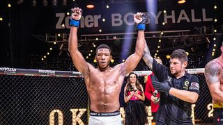 Oktagon 20: Škvor dostal tvrdou lekci z MMA, loď André Reinderse nabrala vodu