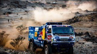 Na Dakar se vrací nadvláda Kamazů