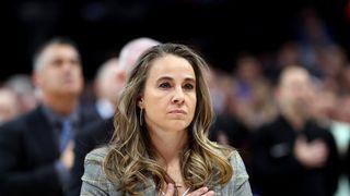 Becky Hammon přepsala historii. Jako první trenérka vedla tým NBA