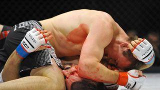 Veterán UFC Pešta zavzpomínal na první placený zápas. Dostal pár korun, vázu a ledvinku