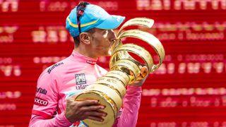 Zlomil si zápěstí. Přijde Nibali o milované Giro?