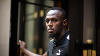 Sázka o olympijské zlato. Hráč amerického fotbalu vyzývá Usaina Bolta k závodu