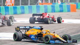 Premiérové vítězství v F1 pro Estebana Ocona. Hamilton zpátky v čele šampionátu