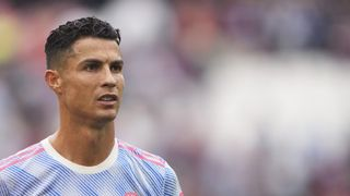 Ronaldo přeskočil Messiho. Podle Forbesu vydělává víc