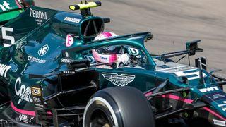 Obrovské zklamání pro Vettela. O druhé místo přišel kvůli diskvalifikaci