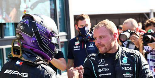 Skvělý člověk a gentleman, loučí se Lewis Hamilton s Valtteri Bottasem