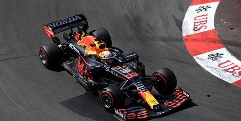 Red Bull útočí na Mercedes. Přetahuje mu zaměstnance