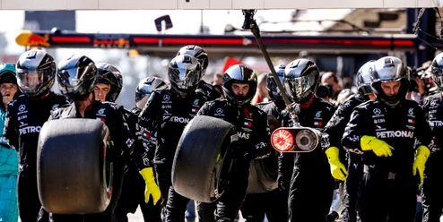 Konec PET lahví. Formule 1 bojuje o vodu