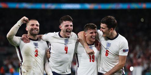 Trnitá cesta Anglie do finále: 55 let, 302 zápasů, 259 tisíc kilometrů