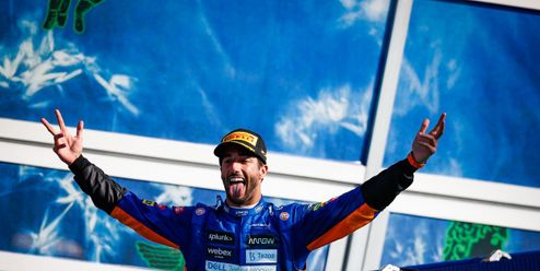 McLaren se dočkal vítězství po devíti letech! V Monze získal senzační double
