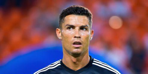 Cristiano Ronaldo připravil Coca-Colu o miliardy dolarů