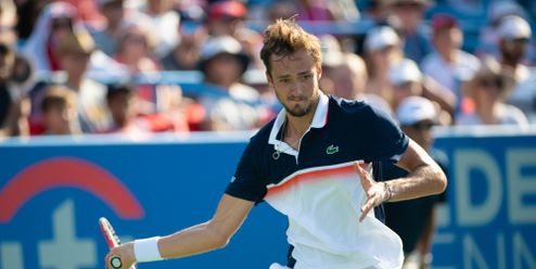 Co když tady umřu? zlobí se na organizátory Her tenista Daniil Medveděv