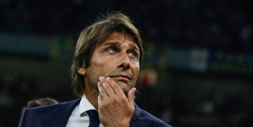 Italská spojka. Tottenham láká do vedení klubu Conteho s Paraticim