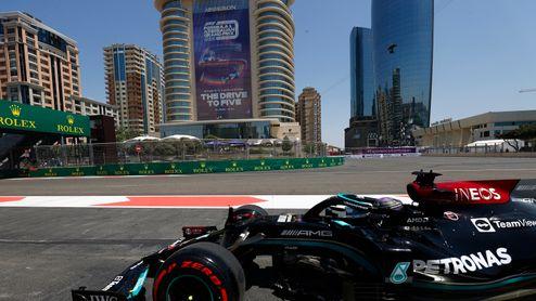 Další závodní víkend! Formule se prohání ázerbájdžánským Baku