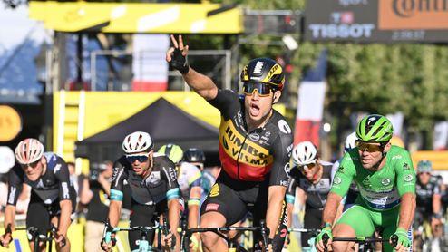 Mark Cavendish má smůlu. Tečka za Tour de France patří Woutu van Aertovi