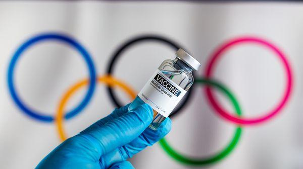 10 000 dobrovolníků se odmítlo účastnit olympiády. Japonsko nezvládá očkovat