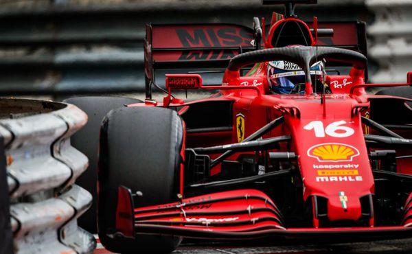 Leclerc vyhrál kvalifikaci, Ferrari v Monaku potvrdilo formu
