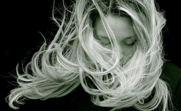 Pečujte o své vlasy, dokáží na vás prozradit víc, než byste chtěli