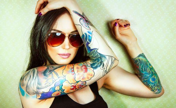 Že tetování bolí? Daleko horší je jeho odstranění