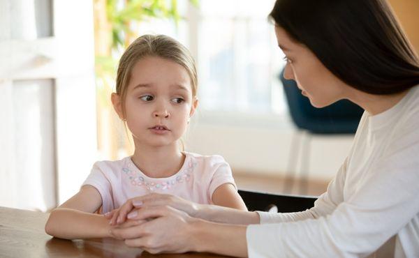 Mluvte se svými dětmi. V dnešní době to potřebují víc než kdy dřív