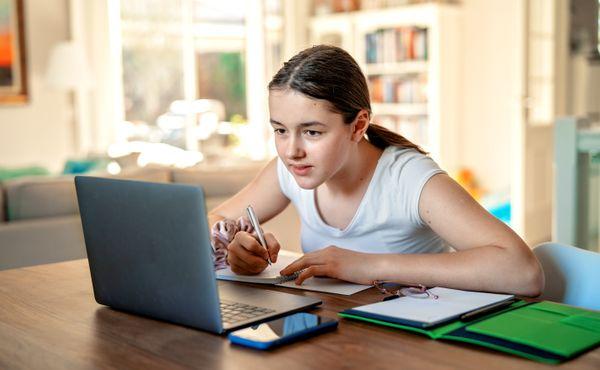 Na online výuku přešla asi polovina kroužků domů dětí a mládeže