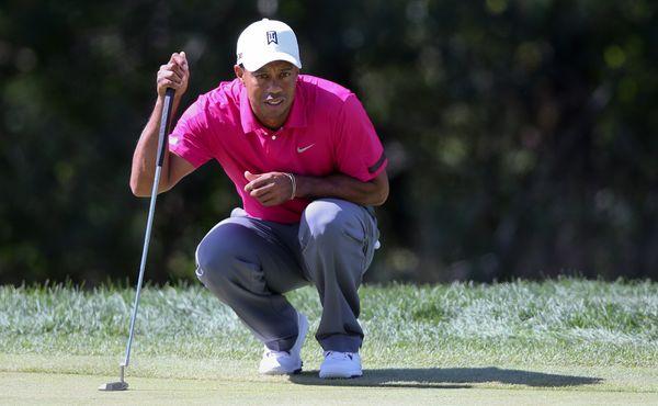 Woodsův kolaps na Masters. Pohřbila ho jamka číslo 12