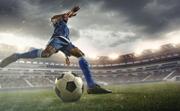 Od zítra se budou udělovat výjimky pro profesionální sport. Fotbal možná už v pátek