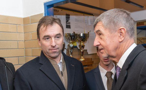 Glosa přes čáru: A ten sport je jako kdo, Milane Hniličko?