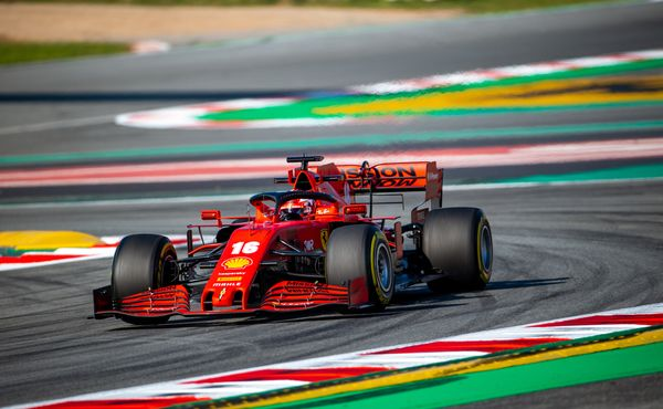 Jak rychlé bude letos Ferrari? Podle Binotta a Sainze velmi