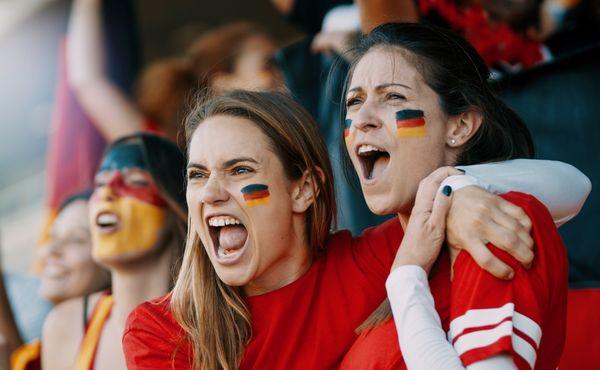 Protest německých fotbalistů: Dodržujte lidská práva!