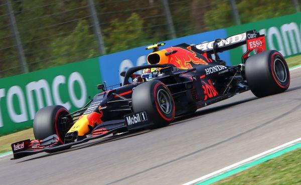 ZPole position vyjede zítra Hamilton, hned za ním překvapivě Pérez