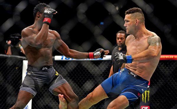 Děsivé zranění v UFC. Weidman je po operaci