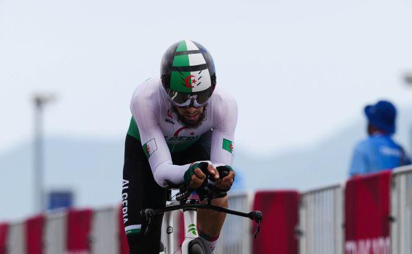 Jezdci na velbloudech. Německý funkcionář na olympiádě urážel africké cyklisty