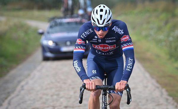 Mokrá verze Paříž-Roubaix? Bylo by to cool, má jasno Van der Poel